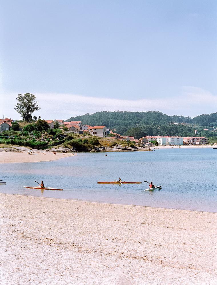 Playa de Aldán en galicia