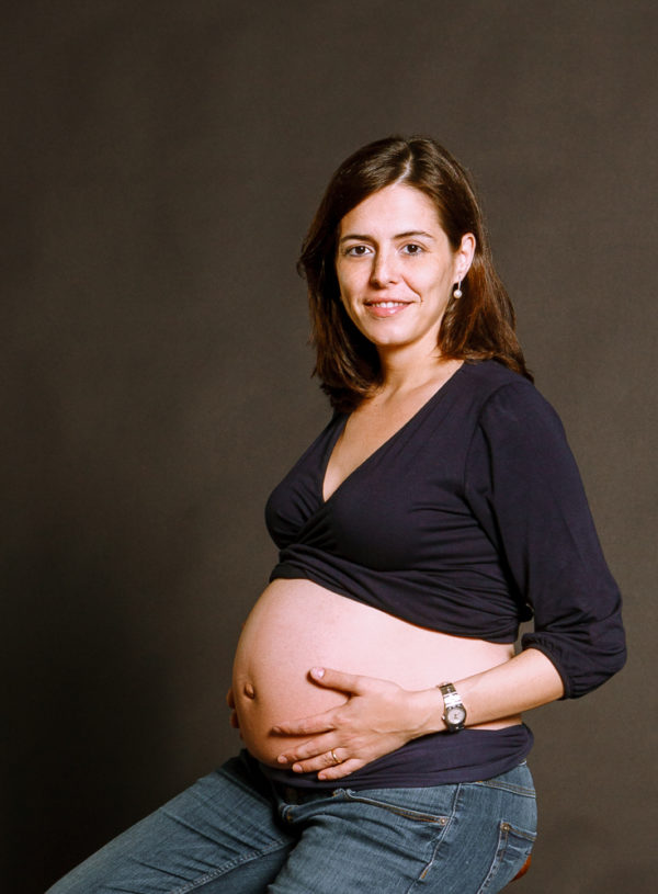 Sesión de embarazada en estudio